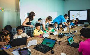 Dạy trẻ em lập trình từ nhỏ đang được nhiều bậc phụ huynh lựa chọn